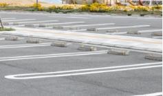 駐車場にするための解体工事